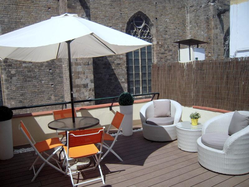 PENTHOUSE IN THE GOTHIC QUARTER WITH FREE WIFI - Image 1 - Barcelona - rentals