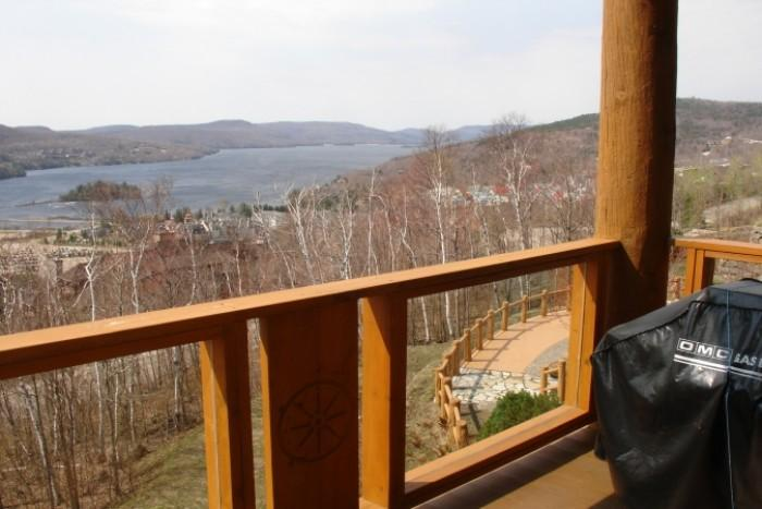 Comfortable 2 Bedroom & 2 Bathroom House in Mont Tremblant (L'Equinoxe | 174-7) - Image 1 - Mont Tremblant - rentals