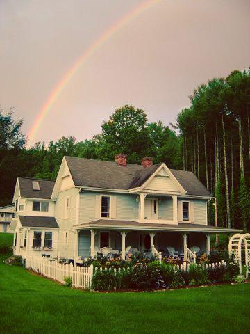 The Magic of Gentry Creek - 8 Bedroom Victorian Farmhouse on large Horse Farm - Abingdon - rentals
