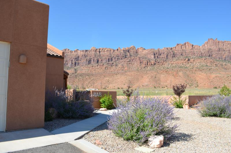 Rim Vistas- Path to our Doorway - GREAT AUG/FALL RATES:  Pool/Wifi/1600 SQ.FT. - Moab - rentals