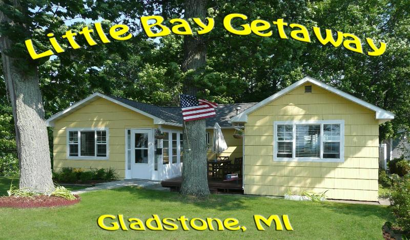 "Cottage Front - ""Little Bay Getaway"" Cottage on Beautiful Lake Michigan - Gladstone - rentals"