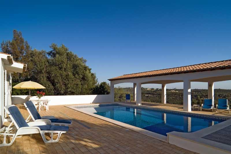 3 bdr villa heated pool air cond. next to Portimao - Image 1 - Portimão - rentals