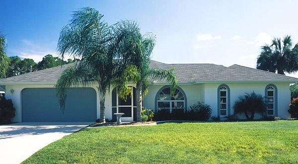 """2 bedroom - IT""""S A BEAUTIFUL DAY IN PORT CHARLOTTE!!! - Port Charlotte - rentals"""