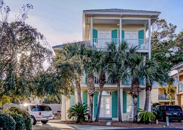BIG BEACHOUSE FOR 13!  LOTS OF UPDATES! OPEN 9/6-13! 10% OFF! - Image 1 - Destin - rentals