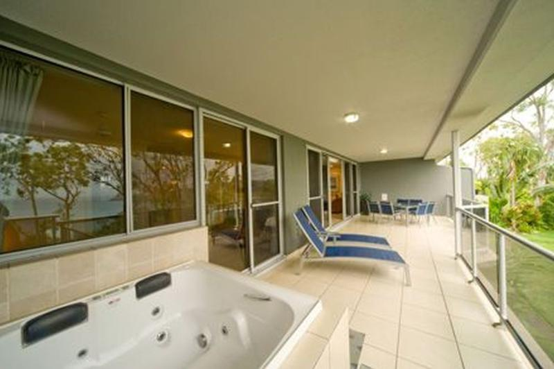 Balcony - Blue Water Views 14 - Hamilton Island - rentals