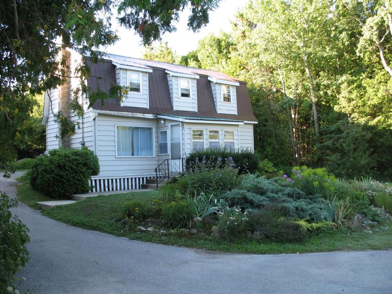 Front view - Anchors Aweigh - Tobermory - rentals
