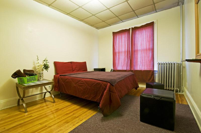 Room 1 - NYC- Best Value - Union City - rentals