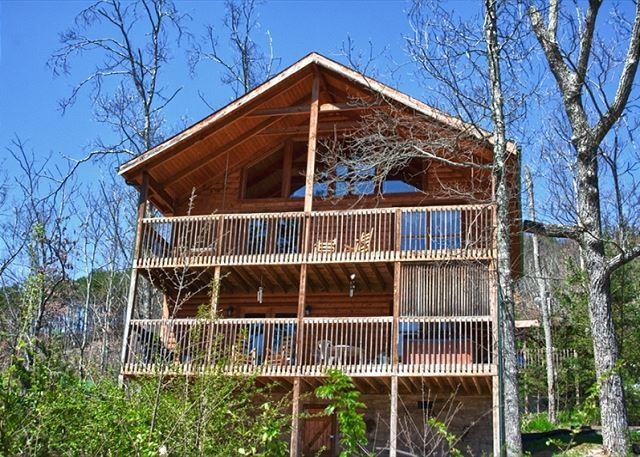 Large Mountain Cabin on Bluff Mountain, Just Outside Pigeon Forge!  ALBEAR - Image 1 - Sevierville - rentals
