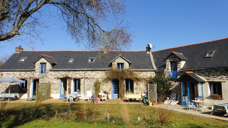 Labouroflovegites - LabourofLoveGites in a rural not isolated location - Guemene-Penfao - rentals
