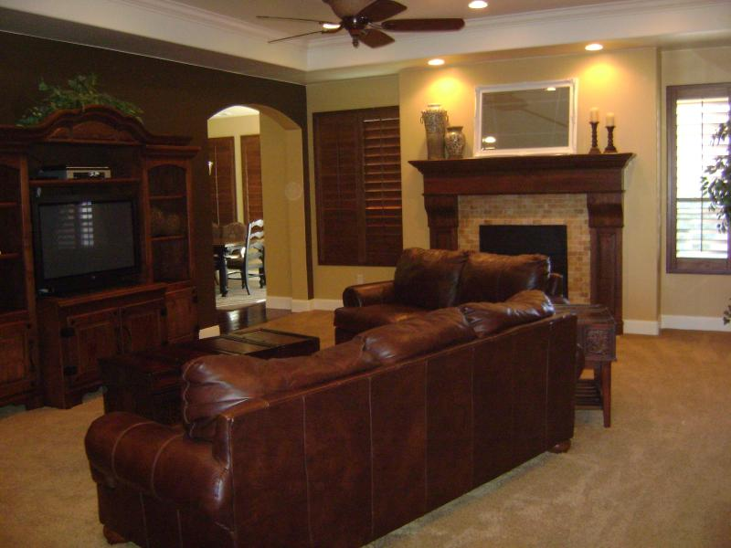 Gorgeous One-Level Designer Home-Great Furnishings - Image 1 - Saint George - rentals