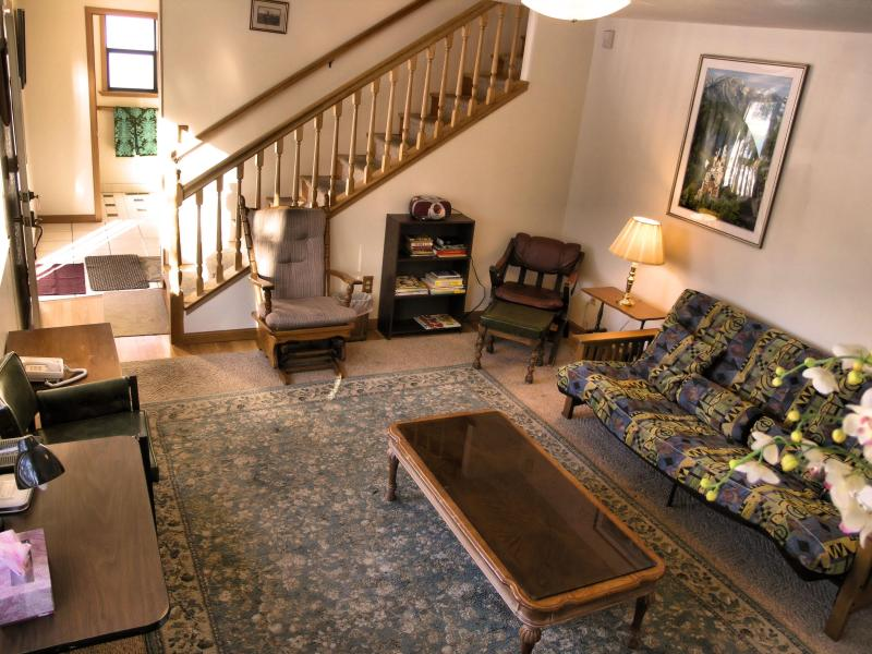 Living Room - Stateline Lake Tahoe  - walk to downtown and beach - South Lake Tahoe - rentals