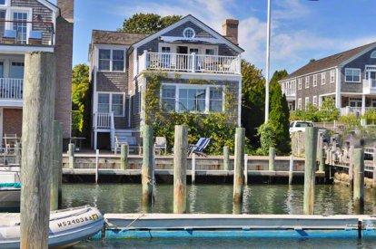 THE CAPTAIN DEXTER HOUSE: DOCKSIDE DESIGNER DELIGHT - EDG TTHA-02 - Image 1 - Edgartown - rentals