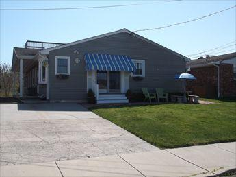 Heavenly House with 3 BR/2 BA in Cape May (67676) - Image 1 - Cape May - rentals