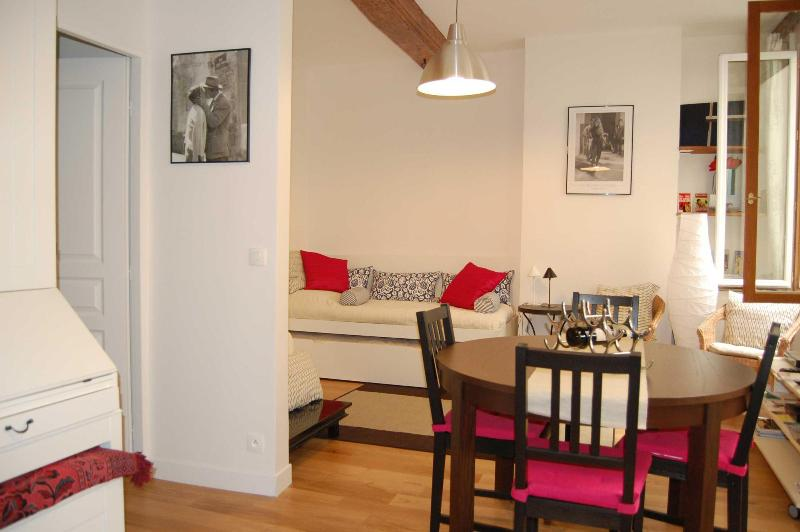 Living-room - Charming Apartment In  St Germain Des Pres - 6th Arrondissement Luxembourg - rentals