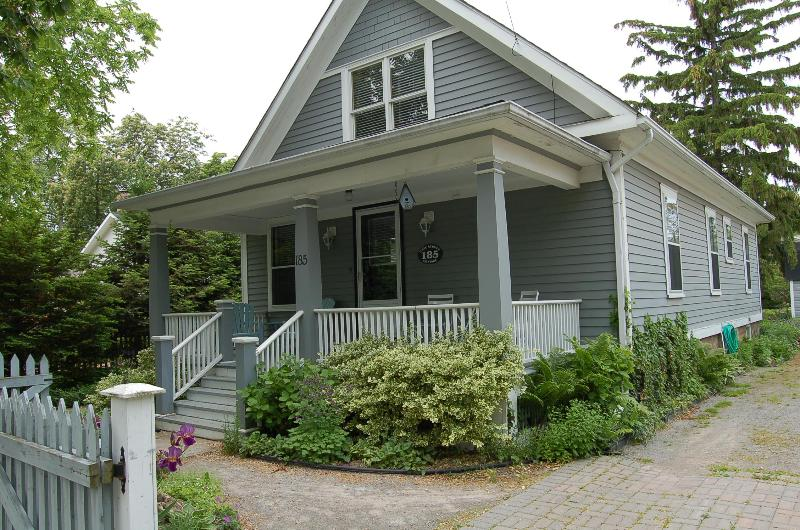 Front of Cottage - down town-new kitchen&baths-covered front veranda! - Niagara-on-the-Lake - rentals