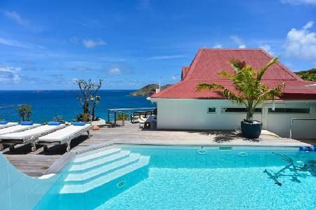 Aventura Villa is private and spacious with a terrace and heated jacuzzi - Image 1 - Flamands - rentals