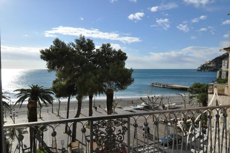Panorama living room - La Risacca seaview apartment, 5 steps from the sea - Minori - rentals