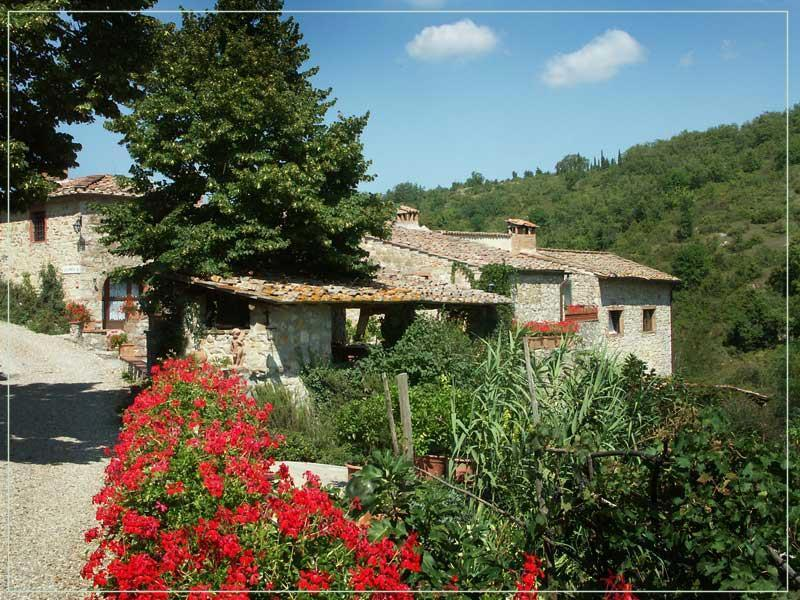view of housing complex - Authentic 4BR farmhouse - Siena - rentals