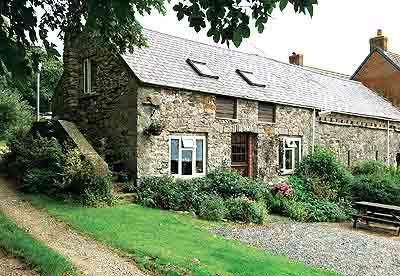 Pet Friendly Holiday Cottage - Honey Hook Cottage, Nolton - Image 1 - Pembrokeshire - rentals