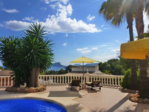 Villa Rosa* stunning sea views* walk to the beach - Image 1 - Benitachell - rentals