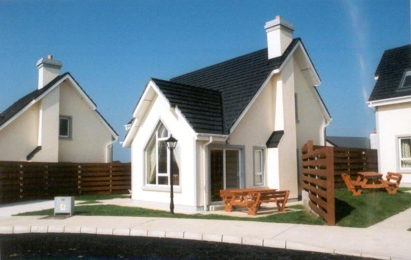Beautiful Exterior - Grange Cove Holiday Homes, Rosslare Strand - Rosslare - rentals