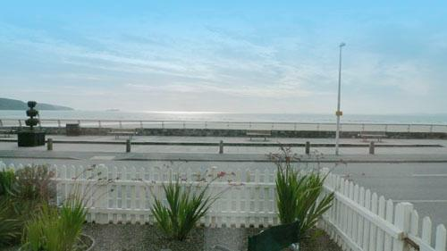 Five Star Holiday Cottage - 10 St Brides Bay, Broad Haven - Image 1 - Broad Haven - rentals