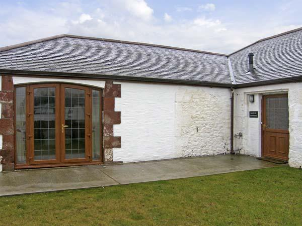 GROUSE COTTAGE, pet friendly, country holiday cottage, with a garden in Lockerbie, Ref 5283 - Image 1 - Lockerbie - rentals