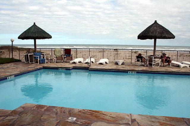 Oceanfront  pool & hot tub right below Seabreeze 1 #404  4300 Gulf Blvd So Padre Island TX - SEABREEZE OCEANFRNT June19 $990+ fees FREEWIFI - Port Isabel - rentals