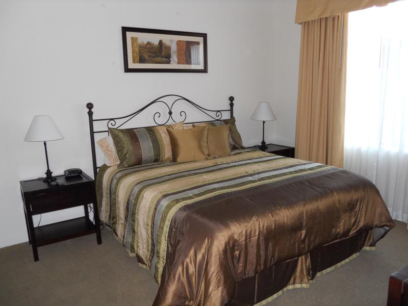 Bedroom with King Bed - GREAT SUMMER RATES!!! Newly Furnished Condo!  Next to OldTown La Quinta!! - La Quinta - rentals