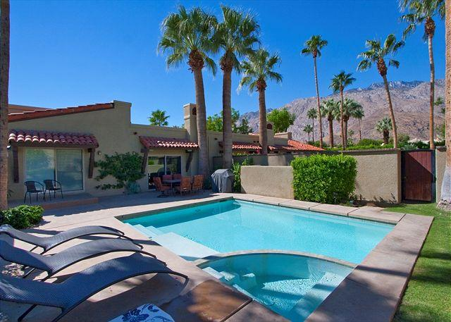 Poolside - Ventana Bungalow ~ Special ~ 15% off 5 night stay thru 10/1 - Palm Springs - rentals