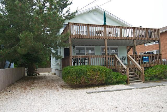 Off street parking - Beach Haven NJ:   Oceanblock duplex - Beach Haven - rentals