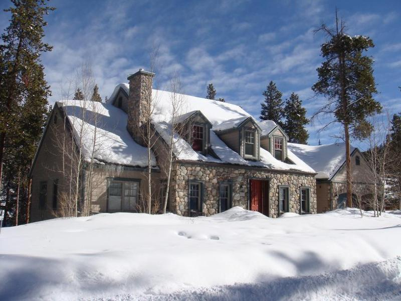 Luxurious riverfront house close to town - Image 1 - Breckenridge - rentals