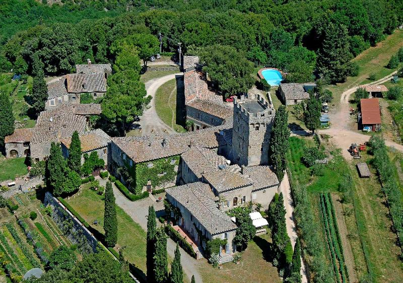 Overview of the Castello di Spannocchia - Casa Dami at Spannocchia, Organic Farm and Castle - Siena - rentals