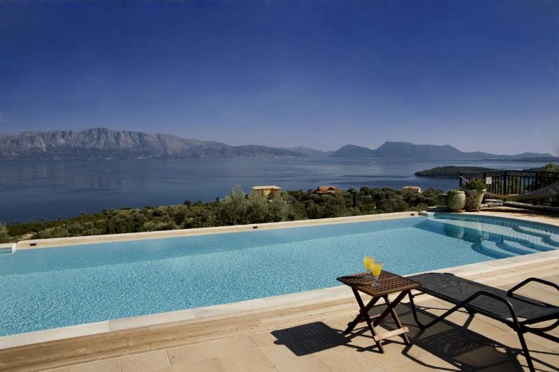 Breathtaking view! - Villa Anatoli - private pool with stunning views - Perigiali - rentals