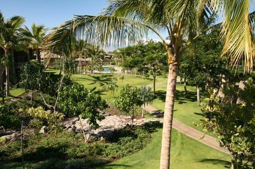 View of Pool from Upper Lanai - the pool is close for easy access but far enough for quiet privacy - 2 Bedroom Townhome -the heart of Mauna Lani Luxury - Mauna Lani - rentals