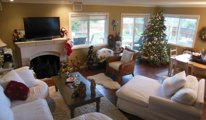 Living Room at Christmas - Every Upgrade, Spectacular Ocean View,near  Beach - Santa Barbara - rentals