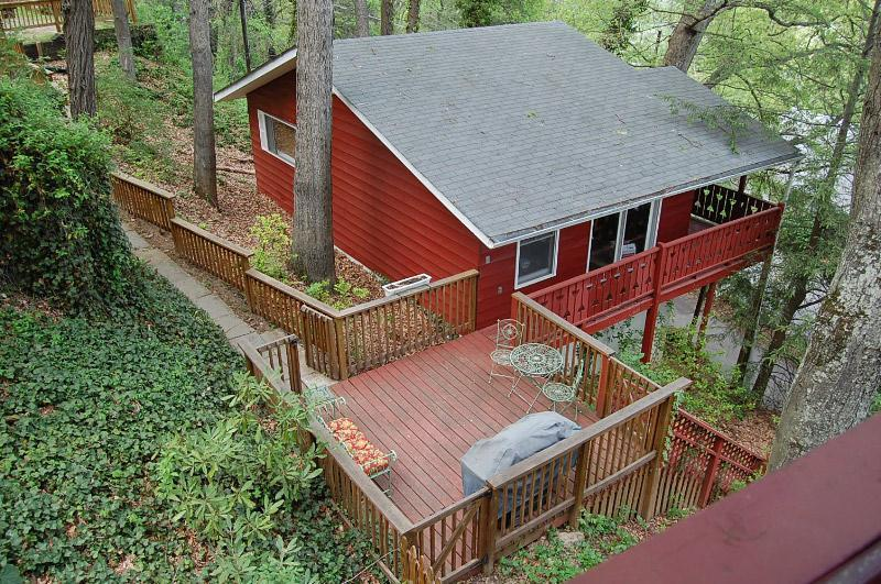 Exterior - Pet-Friendly cabin 3 min. to downtown Asheville! - Asheville - rentals