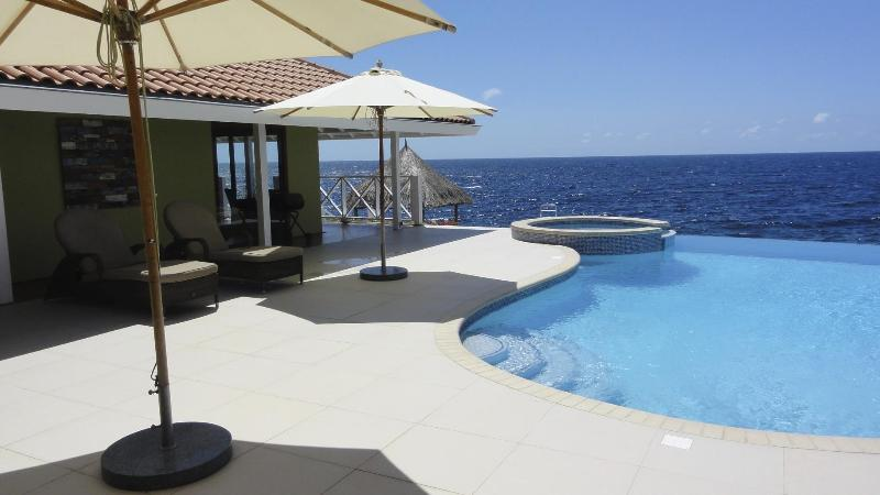Curacao Oceanfront Villa great for Snorkeling and Diving - Image 1 - Willemstad - rentals