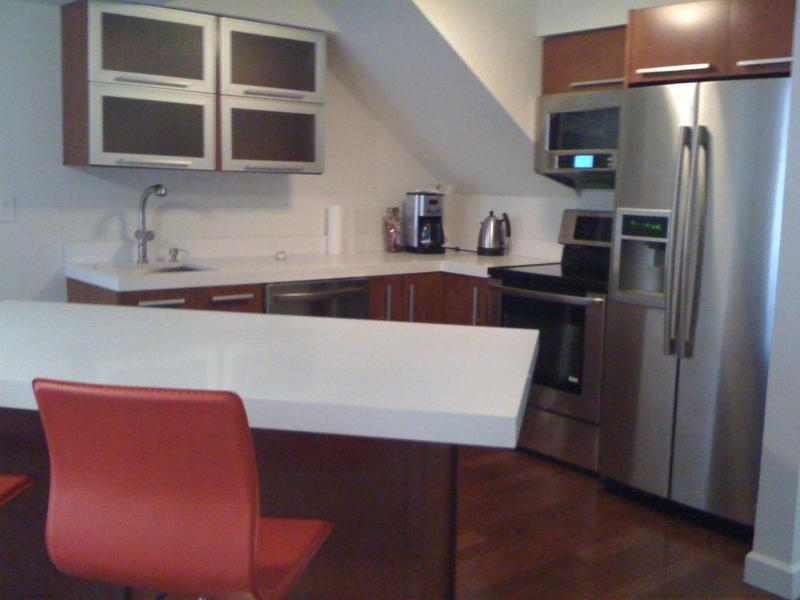 Kitchen - 1 bedroom South Beach Townhouse RIGHT on the BEACH - Miami Beach - rentals