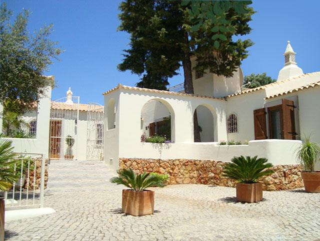 LUXURY RENOVATED FARMHOUSE VILLA heated pool A/C - Image 1 - Almancil - rentals