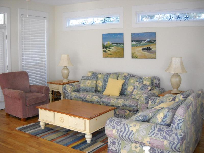 "Large Family Room With Queen Sleep Sofa for Extra Company! - Decked Out"" $1400/ wk Seagrove Beach, FL - Seagrove Beach - rentals"