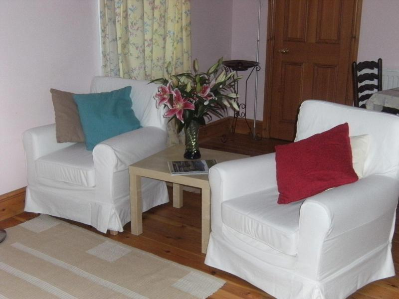Guest Sitting Room - Pantasaph Farm Bed & Breakfast - Holywell - rentals