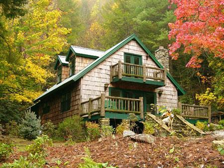 """VIEW OF LARGE FRONT DECK W/ BALCONY OVERLOOKING THE STREAM - The secluded, luxury """"STREAMSIDE HOME"""" - Brevard - rentals"""