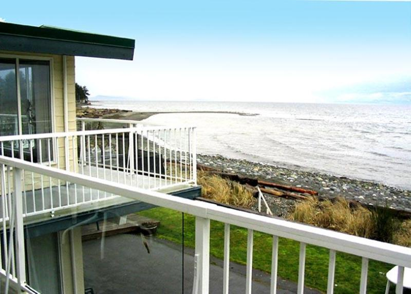 Ocean View from Brant suite balcony - Qualicum Beach House & Villas - Qualicum Beach - rentals