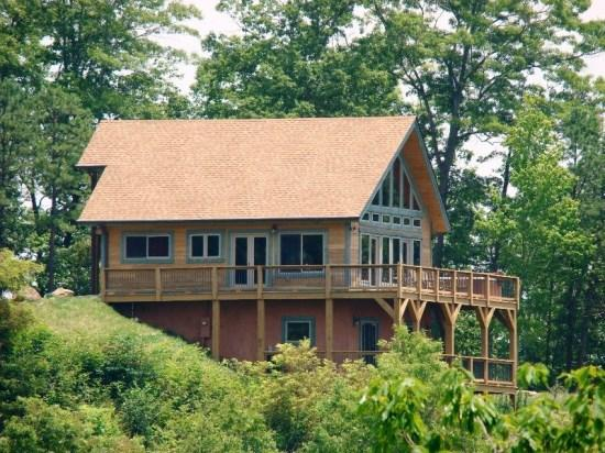 High Haven Cabin -- Minutes from Zip Lining and the Great Smoky Mountain Railroad - High Haven Cabin - Pool Table, Internet, and Amazing View at this 3 Level Log Cabin - Bryson City - rentals