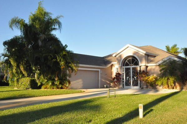 front view - 3 bedroom house in Naples with lake view - Naples - rentals