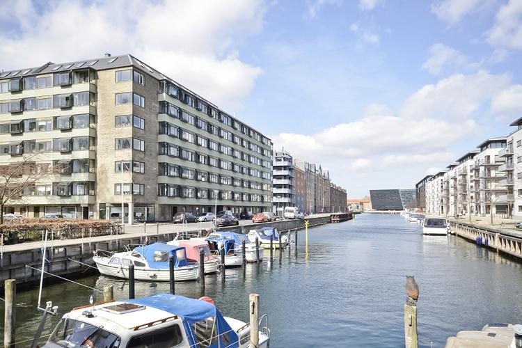 Ved Kanalen Apartment - Copenhagen apartment with balcony overlooking the canal - Copenhagen - rentals