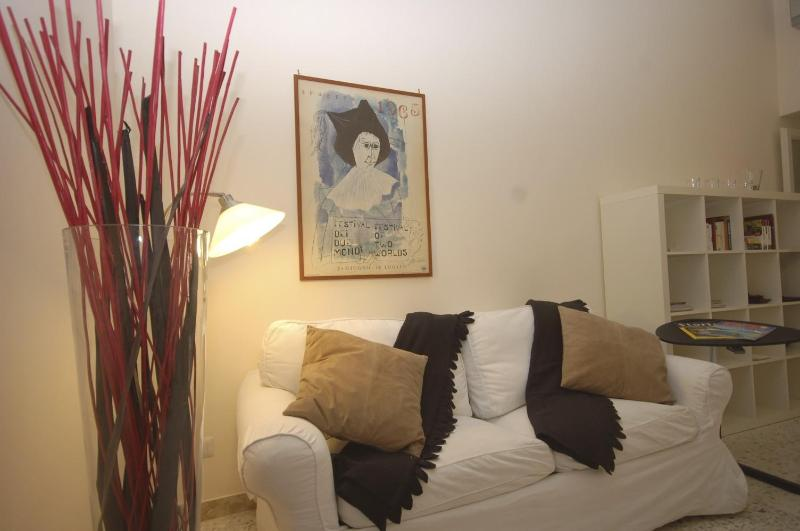 A queen size sofa bed - Cosy 4 people equipped Apt close to Spanish steps - Rome - rentals