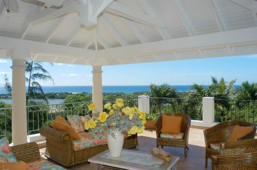 LA PROVENCALE & LITTLE PROVENCE...6 BR Hillside Villa Estate in French St Martin - LA PROVENCALE & LITTLE PROVENCE...7 BR Hillside Villa Estate in French St Martin...Perfect for Luxury Family or Couples Vacation or Small Group Corporate Retreat - Saint Martin-Sint Maarten - rentals