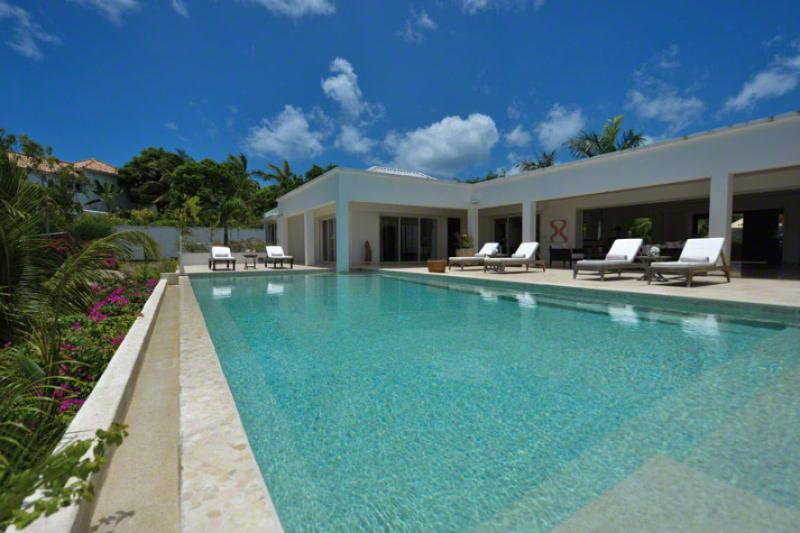 Bamboo...Terres Basses, St Martin - BAMBOO...overlooking the turquoise waters of the Caribbean Sea - Terres Basses - rentals